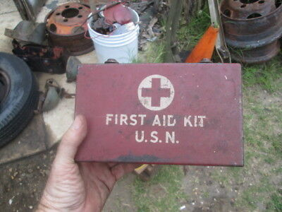 First aid kit box USN WWII Willys Ford MB GPW GTB IHC M-2-4 Weasel M29 M-5-6 Int
