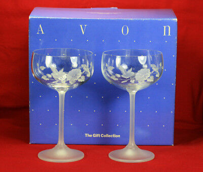 Two Vintage Avon 24% Lead Crystal Hummingbird Champagne Goblets With Box