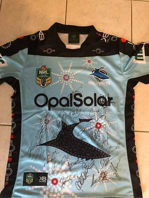 Limited Edition 2018 CRONULLA SHARKS  'ANZAC' NRL SIGNED Full Squad and coach