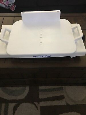 Versa Bath Seat Excellent condition Seat Rotates full 90 degrees Left and Right!