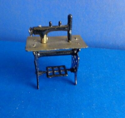 Vintage Miniature Or Dollhouse Tin Toy Sewing Machine
