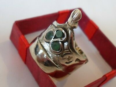 POST MEDIEVAL/16-17th CENT DETECTOR FIND AR ARCHER/ CROWN SHAPE RING x3 EMERALDS