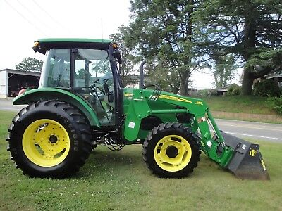 Very Nice  John Deere 5083E   4X4 Cab  Loader Tractor  691 Hours