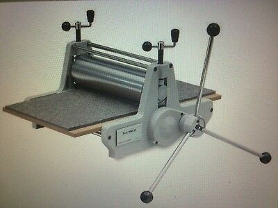 Etching press DICK BLICK 906 MODEL II plus the stand plus all types of blankets
