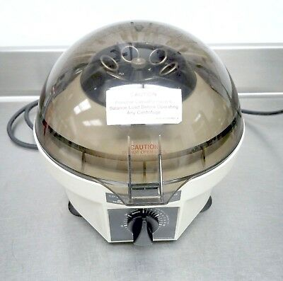 Clay Adams / Becton Dickinson Compact II Lab Centrifuge 420225 w/ 6 Place Rotor