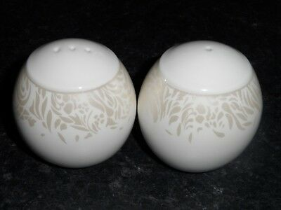 Denby Monsoon Lucille Gold Salt And Pepper Pots Set - Superb!