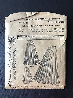 MCCALL Pattern 9124 Ladies Eleven Cored Kilted Skirt 22 waist 40 length original