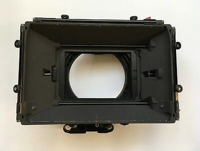 Vocas MB-450 3 stage 4x5.6 Matte Box with rod adapters and accessories