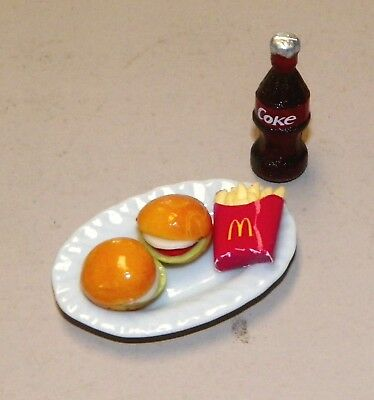 Dollhouse Miniatures, 2 Hamburgers & McDonalds Fries on White Platter, & Coke