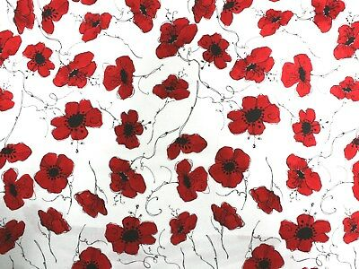 Poppies on white fabric fq 50 x 56 cm Nutex 50070-101 100% Cotton