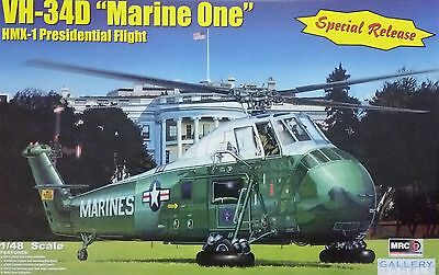 "MRC™ 64105 VH-34D ""Marine One"" HMX-1 Presidential Flight in 1:48"