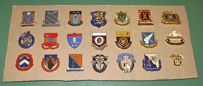 Huge Lot of 21 US Military Issue Army Beret Uniform Unit Crest Badge Flash Pins