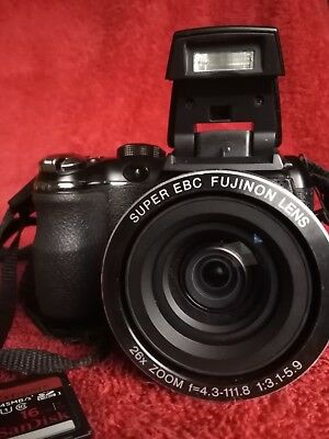 Fujifilm FinePix S Series S4300  26X 14.0MP Digital Camera - Black