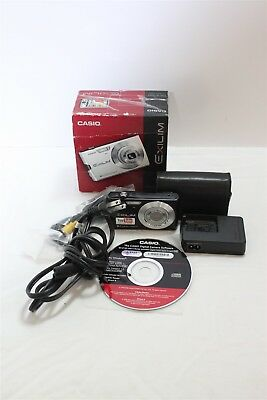 Canon Exilium EXZ150 8.1MP Gitial Camera With Accessories IOB