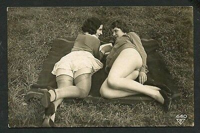 French YOUTHFUL Nudes FLASHERS Ostra Studio DERRIERES 1920s ~ PARIS Latest