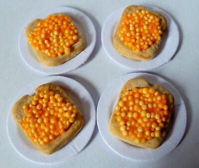 "Dolls House Miniature 4 X Beans On Toast On 1"" Cardboard Plates Combined P+P"