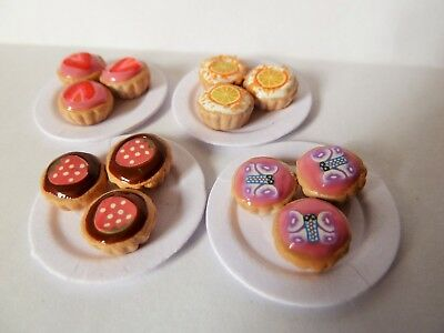"Dolls House Miniature 4 Plates Of Cupcakes On 1"" Cardboard Plates Combined P+P"