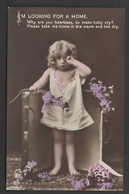 POSTCARD Colour Printed Card LITTLE GIRL IN SUITCASE - I'M LOOKING FOR A HOME
