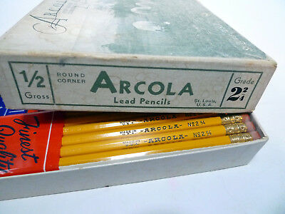 Vintage 1960s Lead Pencil Box New Pencils Arcola Illinois 5 dozen 2 2/4 USA
