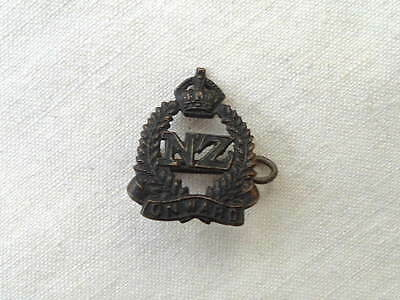 Antique Wwi Ww1 New Zealand Anzac Expeditionary Force Campaign Hat Badge Medal