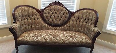 Antique-Victorian-French-Loveseat-Settee-Carved