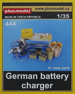 PLUS MODEL #444 German Battery Charger für Diorama in 1:35