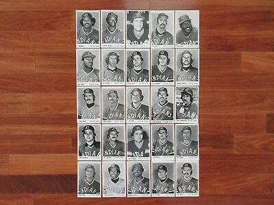1977 Cleveland Indians Meat Issue Baseball Photo Postcards Set (25) MINT