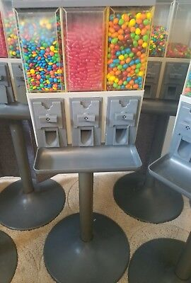 10 VendStar 3000 Candy Machines WITH SET OF KEYS