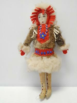 Old Antique Vintage Beaded Alaska Eskimo Inuit Indian Doll - Nice Condition + Nr