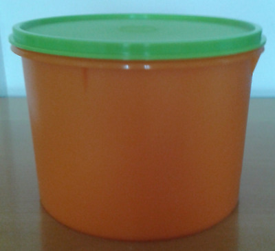 Tupperware Large Countertop Canister 12 Cups Orange w/ Green Seal Brand New