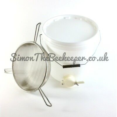 Beekeeping Honey Tank with Valve 25L & Tri-Handled Honey Strainer