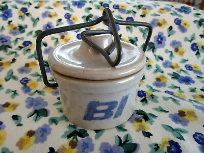 1970s Kaukauna Klub Braniff International Airlines First Class Cheese Crock wLid