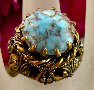 Gorgeous Large Vintage West Germany Blue Art Glass Brass Filigree Costume Ring!!