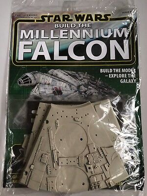 DEAGOSTINI STAR WARS BUILD THE MILLENNIUM FALCON Issue 68 - Upper Hull Part