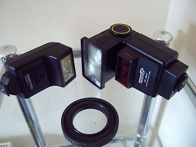 2 Flash Units - All In Working Order - 1 Praktica 1600A, 1 Pheonix ZIF 92M