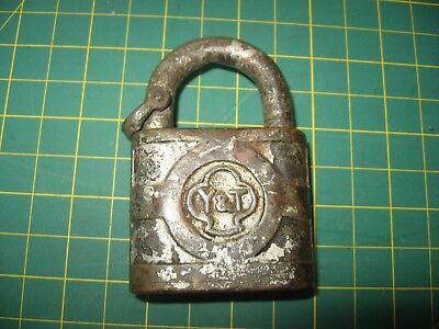 Vintage Antique Padlock Yale Towne Old Early Cumberland Division No Key Nr