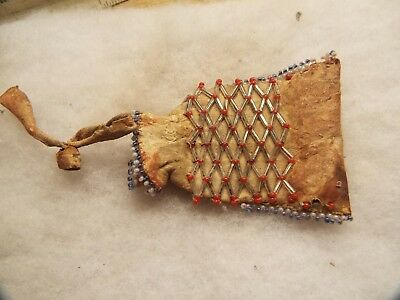 RARE Antique Native American INDIAN MEDICINE  BEADED  POUCH  SINEW TIED