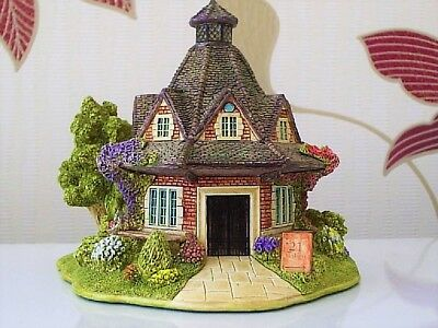 Lilliput Lane .. THE REST HOUSE .. 2 Day Only Annual Fair Special Edition ..
