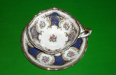 PARAGON By Appointment To Her Majesty The Queen China Tea cup and Saucer