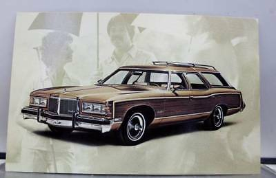 Car Automobile 1976 Pontiac Grand Safari Postcard Old Vintage Card View Standard