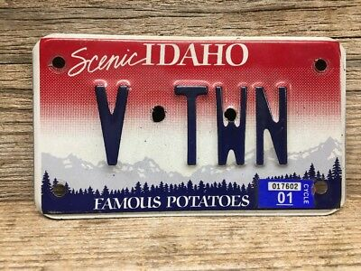 Vintage Idaho Motorcycle License Plate Personalized V TWN (V Twin) Wall Hanger