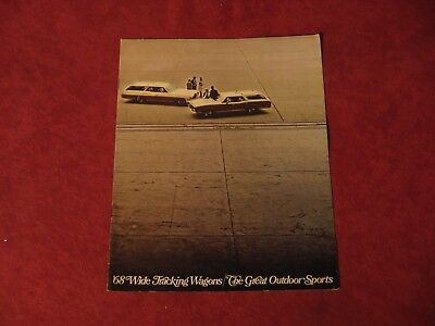1968 Pontiac Station Wagon Showroom Dealership Brochure Old Booklet Book GM