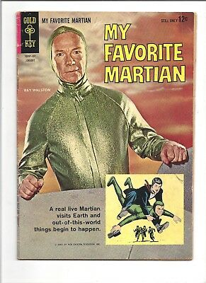 My Favorite Martian Gold Key Comic Book (Ray Walston Autograph on Card)