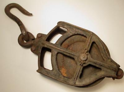 Antique Cast Iron Pulley w/ Hook Hay Barn Block & Tackle Industrial Vintage