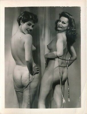 1950s Original 4 x 5 Nude Photo Two Cute Girls with Rope Ample Rear Views vv