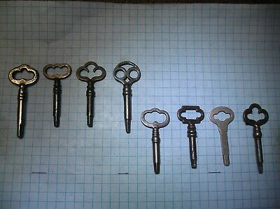 Lot Of 8  Sewing Machine Keys - 4 Triangle - 4 Square - Singer