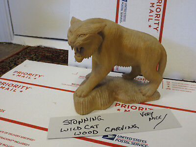 Vintage WOOD CAT ~ Carved Wooden Wildcat Detailed Statue Carving RARE Nice