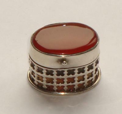 Superb Unusual Antique Vintage Carnelian Stone Lidded & Silver Vinaigrette Box