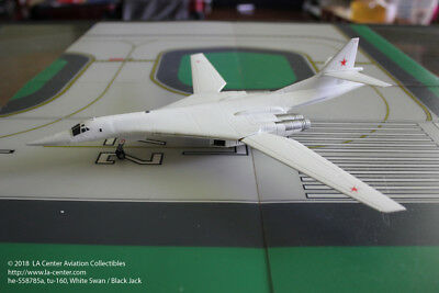 Herpa Wings Russian Air Force Tupolev TU-160 White Swan Diecast Model in 1:200