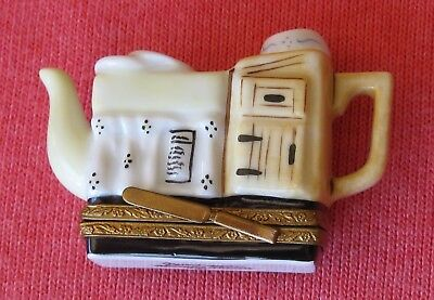 LIMOGES Box, Large Teapot with Sink, from France